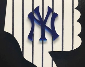New York Yankees Thumbs Down with FREE SHIPPING