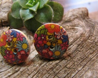 Earrings 2 hole buttons, flowers, nail and chip stainless steel 2 cm in diameter