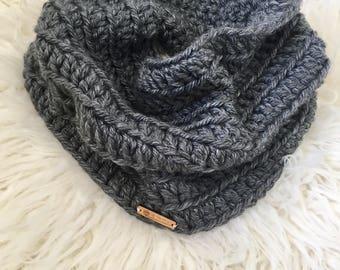 GRAY Crochet Cowl Scarf, Crochet Infinity Scarf, Circle Scarf, Cowl Scarf, Gray Infinity Scarf, Gray Cowl