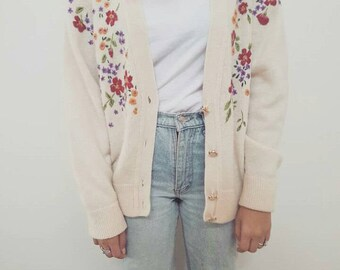 Boho Wool Cardigan // Pretty Floral Hand Embroided Jacket // Womens Size 8-12