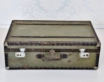 great old suitcase vintage 20's big old trunk suicide 20s