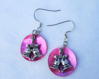 Christmas Bells With Shells
