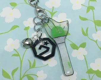 Got7  LightStick and Logo Mini Keychain Set / Kpop Cell Phone Strap, Miniature Charm, IGOT7 Fan Merch, Accessory, Green White and Clear