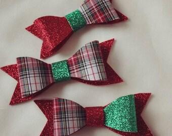 Christmas Plaid Sparkle Felt Hair Bow. Baby Girl Hair Bow. Toddler Girl Hair Bow. Hair Accessory. Nude Nylon Band. Alligator Clip. Barrette