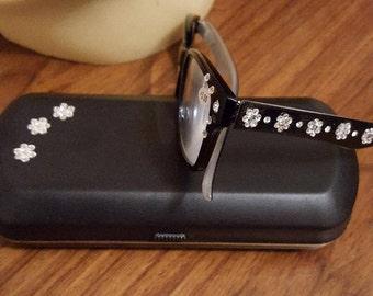 Glamour Swarovski adorned reading glasses - Fleur with Swarovski Case