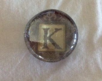 Magnet / Letter K / glass /