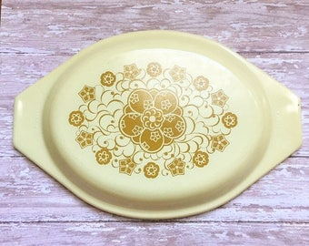Pyrex Lid - Kim Chee Casserole Dish - 943 C 7 - Yellow and Gold