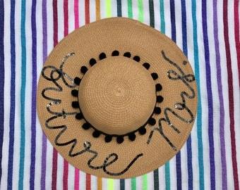 Future Mrs. Women's Pom Pom Floppy Sun Hat