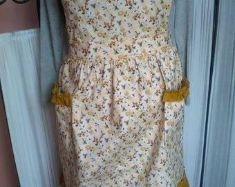 Cream colored Country Style Bib Apron