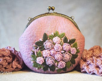 Felted Clutch Breath of roses. Kiss lock Metal Frame Purse. Gift for her.Handbag with embroidery