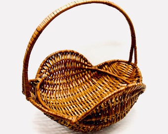 Large Wicker Flower Shaped Basket with Handle - Vintage