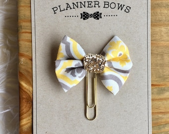 Planner Bow with a Paper Clip