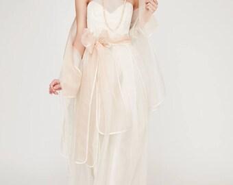 Dress Sultanate: label Oakley Krafft fasion wedding dress, bridal gown, ball gown, corset dress Duschess-silk, silk-like satin and silk organza