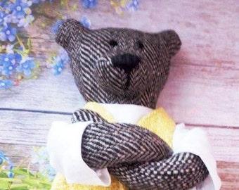 Handmade Teddy Bear based on Fhilomena Kloss