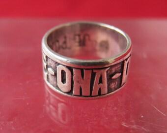 bijoux vintage, ancienne bague du Pays Basque gravée suerte -ona-dut, je porte chance, joyería vintage, antiguo anillo vasco