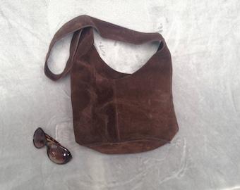 Vintage original 1970s suede brown bucket bag