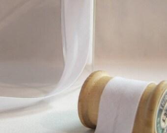 White cotton bias, 20 mm folded 10 DMC