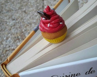 Bookmarks / trombone CUPCAKE raspberry fimo; reader ; Gourmand; Gift for her; Birthday; paperclips