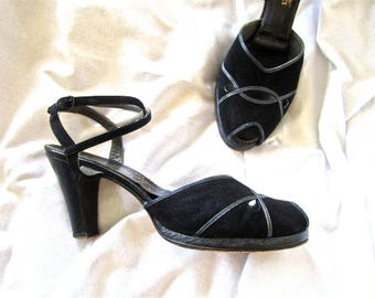 40s 50s Platform Heels Black Suede Open Peep Toe Cutouts Strappy Sandals by La Valle New York for Turrells Shoes 7.5  or 8N