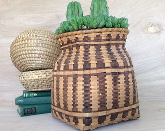Vintage Basket Planter • Wicker Rattan Basket • Boho Decor