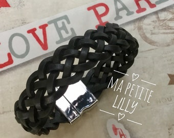 Mixed black leather strap. braided