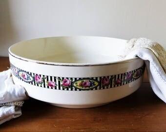 Lunéville : grande vasque ou cuvette de toilette en faïence, début XXème / Bassine nécessaire de toilette / décoration retro