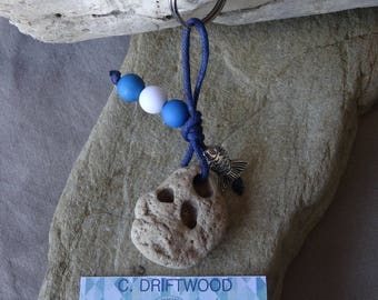 Door keys or bag charm blue and white with a pebble
