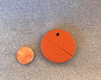 Leaf Imprint Aromatherapy Diffuser Pendant