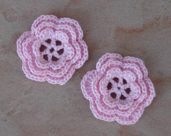 set of 2 flowers 6 triple Petal Pink pale crochet
