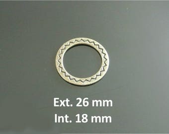 Four 24 mm bronze rings outside and inside 18, decor geometric zigzag engraved