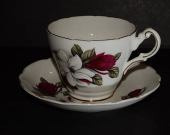 REGENCY, Teacup, and saucer Set, Red and white flowers, Bone China Cups, scalloped edge, Vintage, Valentines Day gift