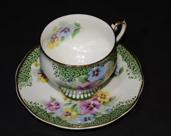 ROSINA, Bone China, Teacup, and saucer,  Vintage, Pansies, Scalloped Gilt Edge, 1950s in England, MINT, Beautiful,Footed, Pansy Pattern