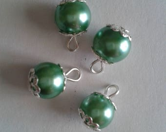 5 pendants 8mm green glass pearl beads