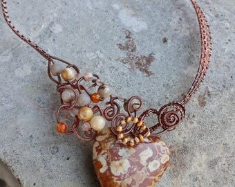 beige jasper heart necklace