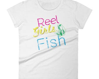 Reel Girls Fish distressed Women's short sleeve cotton tshirt