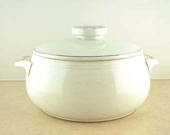 Hall's Superior Quality Kitchenware Rose White 658 2 Quart Casserole