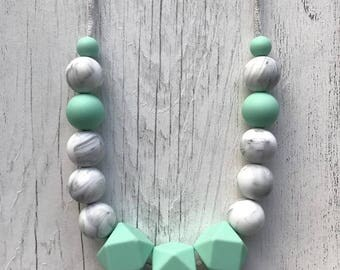 Ivy Necklace, Teething Necklace, Silicone Teething Necklace, Breastfeeding Necklace, Nursing Necklace, Baby Shower Gift, Baby Accessorie