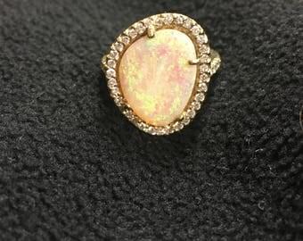 Ladies Vintage Style Opal Ring