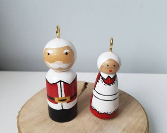 Mr and mrs clause peg doll tree decoration
