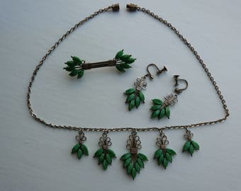 Vintage Glass and Wirework set