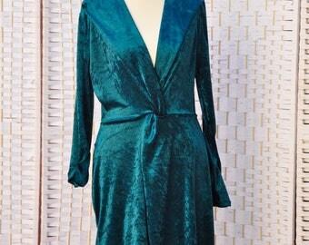 Green Velvet Dress Hendmade