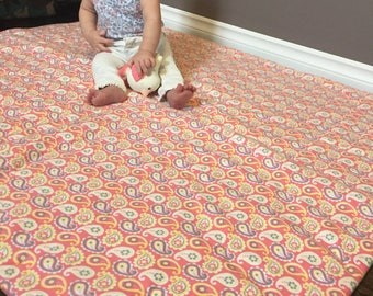 Funky Baby Playmat, Quilted Blanket, Tummy Time Floor Mat, Baby Comforter, Padded Throw, Toddler Playtime, Nursery Decor