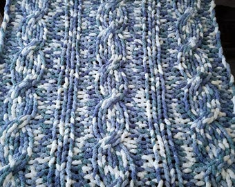Chunky Arm-Knit Cable Knit Chenille Oversized Blanket