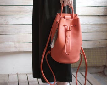 Small bucket backpack-tangerine