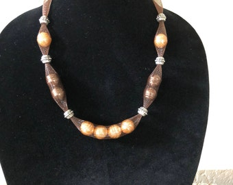Mesh tube necklace