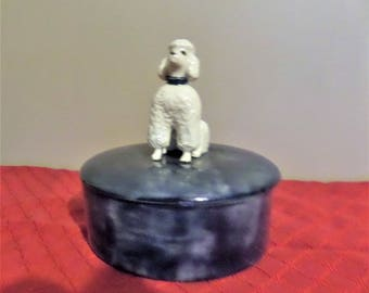 Vintage Ceramic Powder Box/Trinket Box.  1970's.