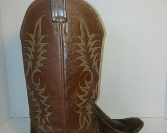 Nocona Leather Boots // Vintage Nocona cowboy girl  Boots - Men's 8.5/ Women's 10