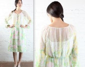 1970's Sheer Pastel Bohemian Floral Spring Dress in Women's Medium 70's Bishop Sleeves See Through Easter Virgin Suicides Garden Party Gown