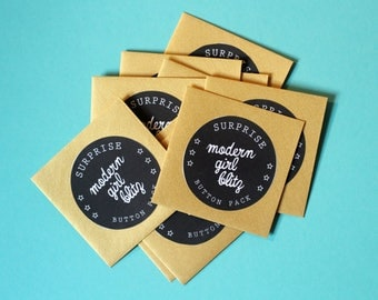 Mystery Button Pack of 5