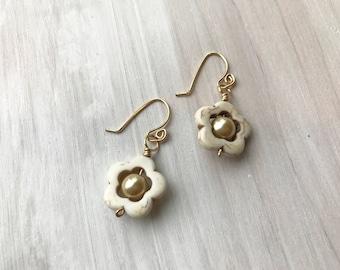 flower earrings, gold flower earrings, cream and gold earrings, flower power, hippie earrings,flower power earrings, rising dawn boutique